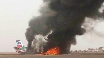 14 Orang Terluka,Akibat Pesawat Kecelakaan di Landasan Pacu
