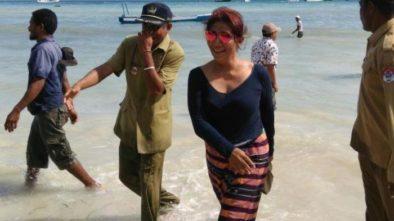 Foto Menteri Susi Sedang Ngopi di Tengah Laut Lagi Viral