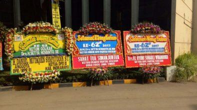 Ulang Tahun Setya Novanto, Karangan Bunga dan Kue Berdatangan