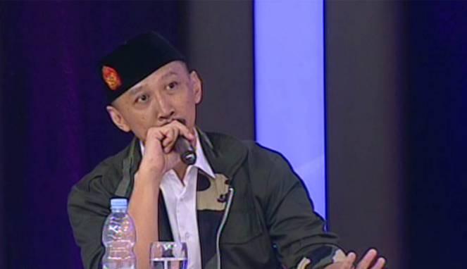 Debat Seru Abu Janda vs Felix Siauw soal Bendera Rasulullah
