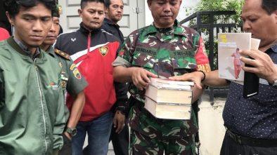 Penyitaan Buku oleh TNI di Padang Dinilai Langgar Hukum