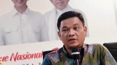 Di Deklarasi Pro-Jokowi 3 Pria Malah Pose 2 Jari, TKN: Sengaja Provokasi