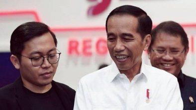 Tak Permasalahkan Cuitan Achmad Zaky, Jokowi: Stop Uninstall Bukalapak