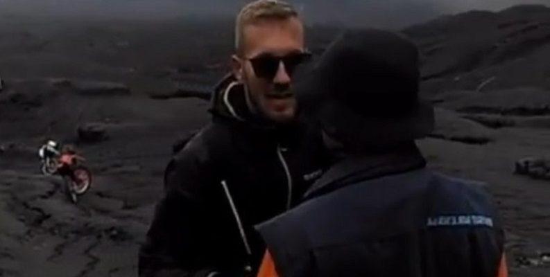 Viral Video Turis Banting Petugas di Gunung Bromo, Ini Tanggapan TNBTS