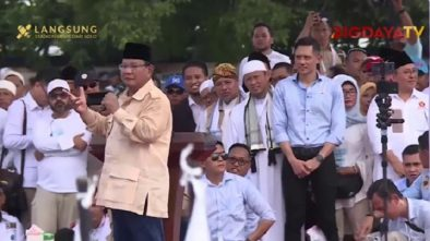 Saat Prabowo Peragakan Wajah Intel saat Kampanye di Solo