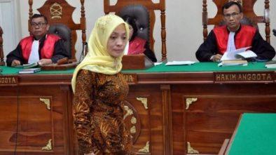 Dosen USU Medan Pembuat Hoax 'Bom Surabaya Pengalihan Isu' Dituntut 1 Tahun Penjara