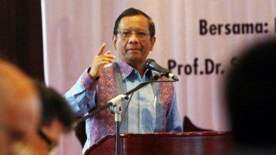 Respons Mahfud MD saat Kuasa Hukum Prabowo-Sandi BW Minta MK Jangan Jadi 'Mahkamah Kalkulator'